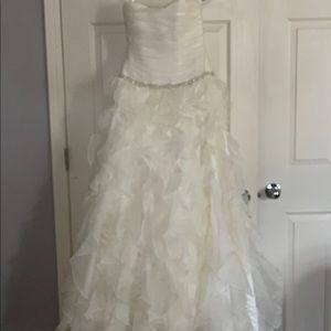 Davids Bridal Wedding Dress/Flower Girl Dress NWT